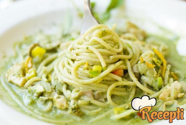 Špagete u sosu od brokolija