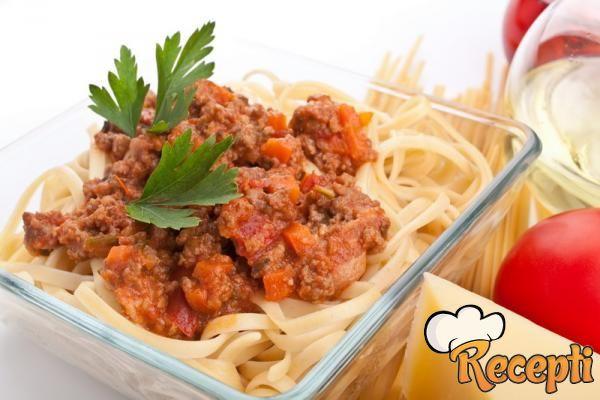 Špagete sa umakom od šargarepe