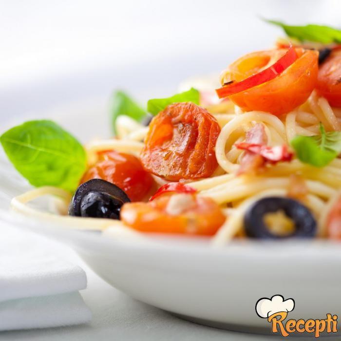 Špagete con lo spunzillo