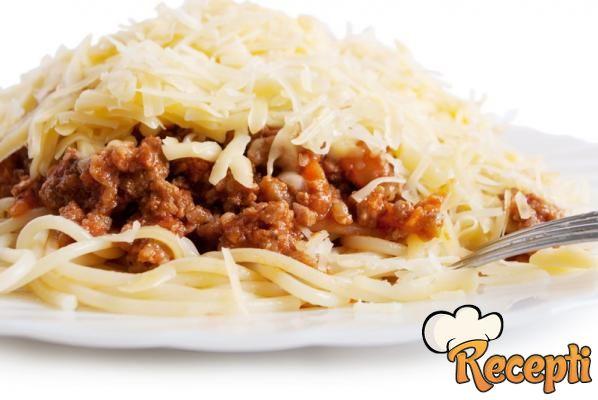 Špagete sa bolonjeze sosom