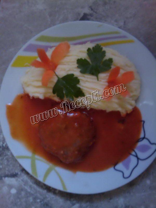Ćufte u domaćem paradajz sosu
