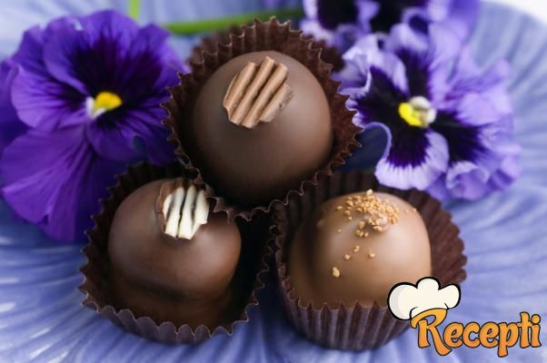 Bombone sa lešnikom i čokoladom