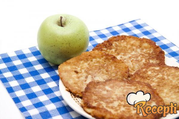 Palačinke sa jabukama