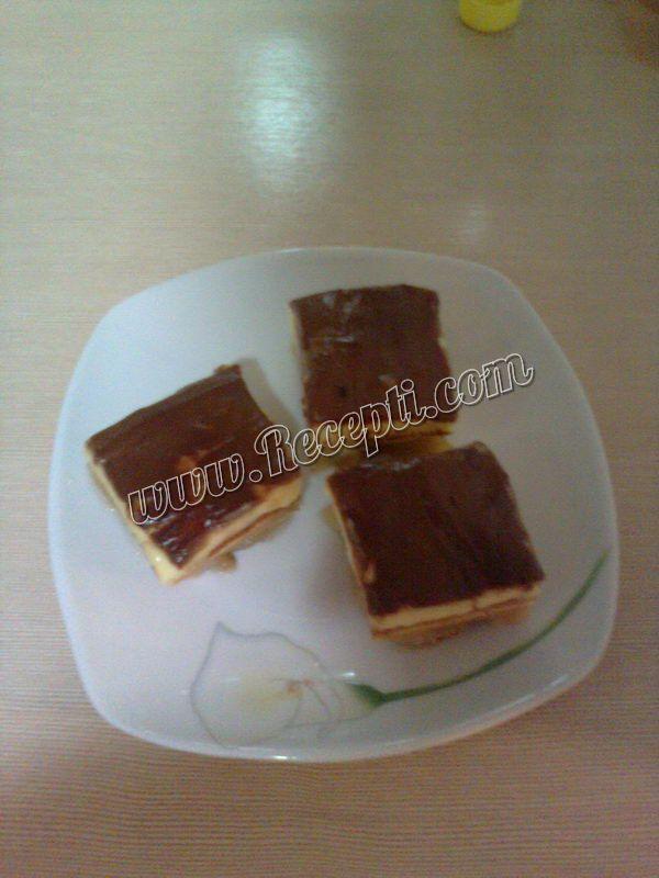 Čokoladni kolač sa jabukama