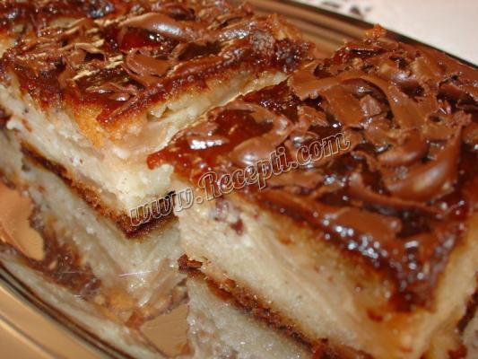 Pita-kolać sa jabukama, cimetom i lešnicima