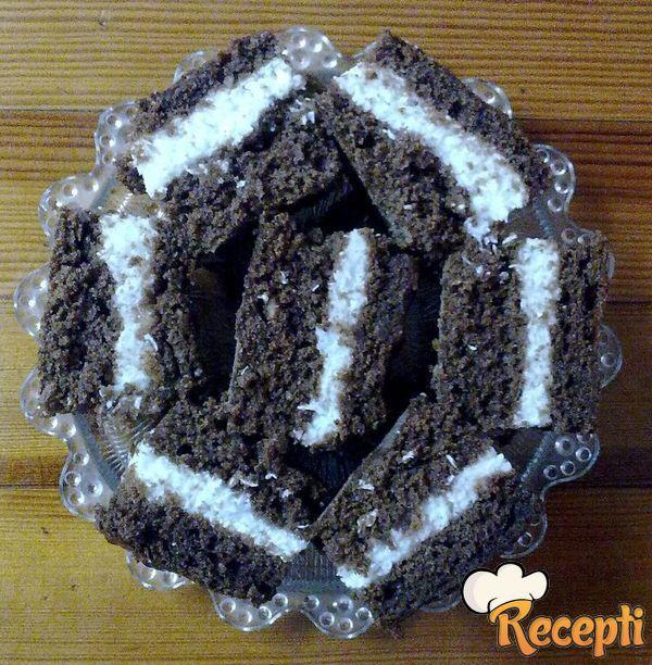 Crno beli kolač