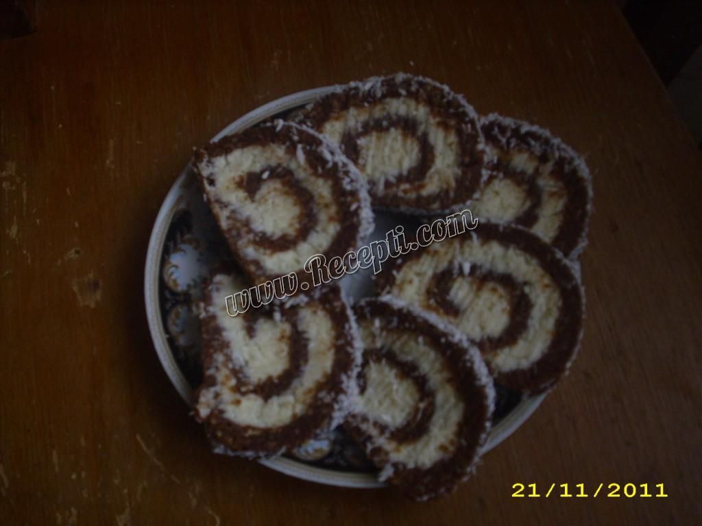 Rolat s kokosom i rumom