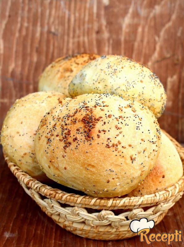 Hleb sa kukuruznim i sojinim brašnom
