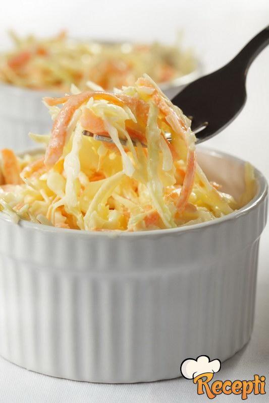Salata od šargarepe i kupusa