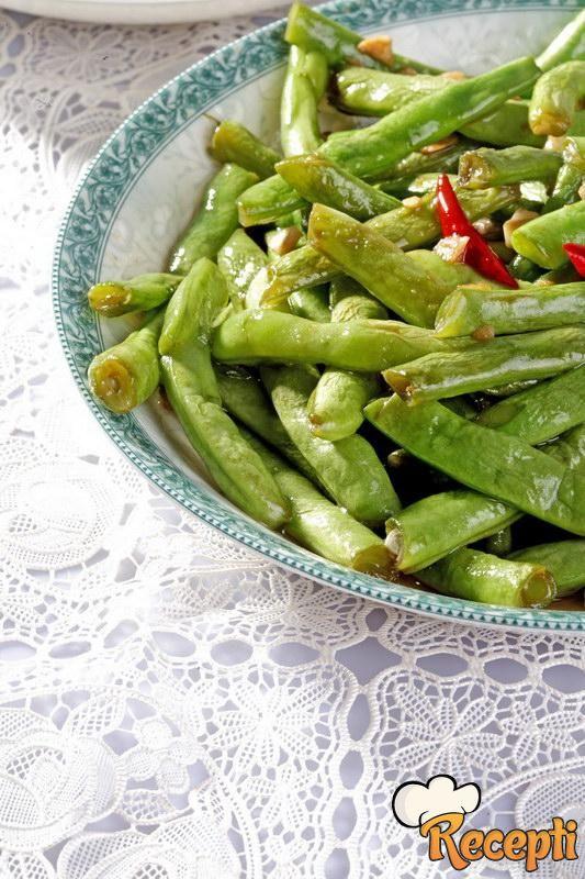 Salata od mlade boranije