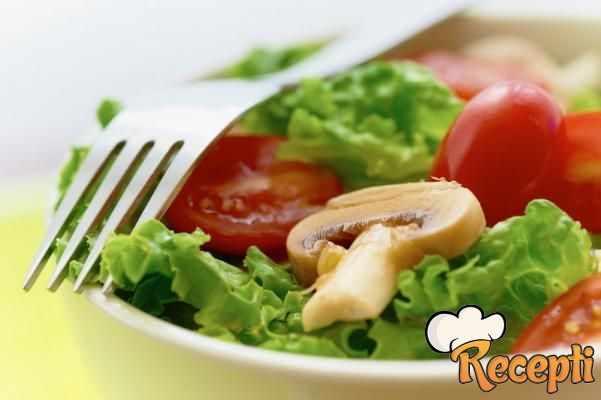 Salata sa šampinjonima