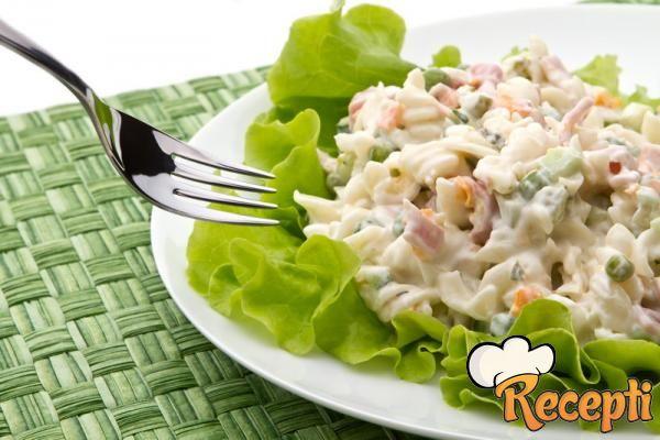 Salata od tunjevine i testenine