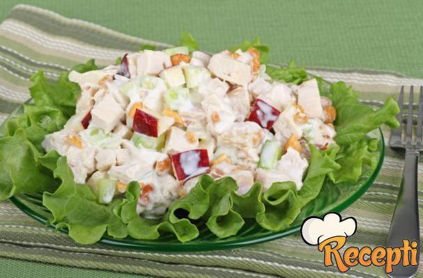 Elegantna pileća salata
