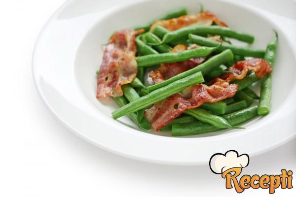 Boranija sa slaninom