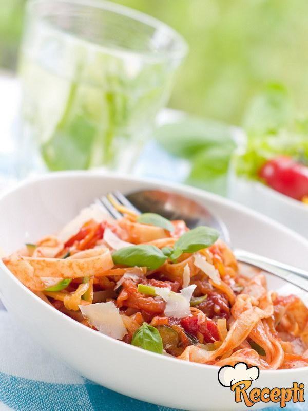 Salata od testenine sa sirom