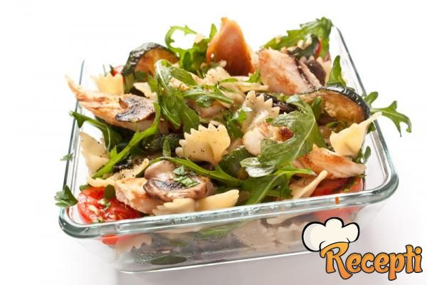 Salata sa testeninom i pečurkama