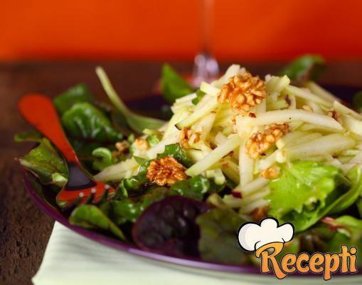 Salata od kupusa i jabuka