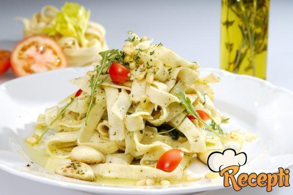 Salata od pasulja sa rezancima