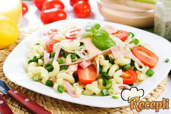 Salata od testenine sa mesom
