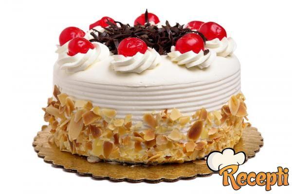 Voćna torta sa orasima