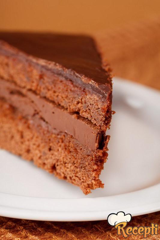 Crna torta sa kafom