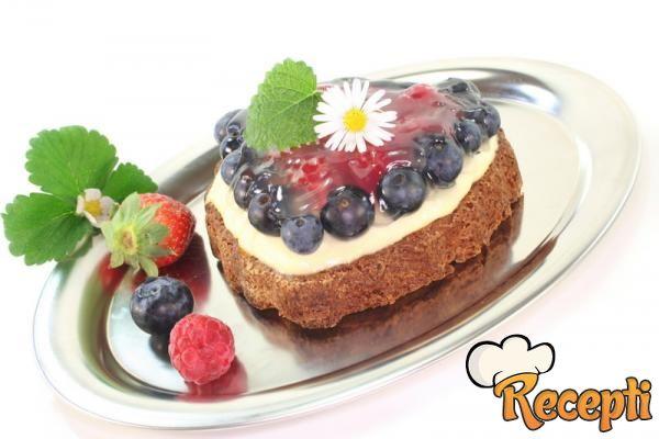 Posna torta sa suvim grožđem