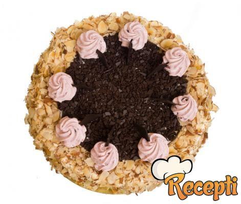 Brza torta sa lešnicima
