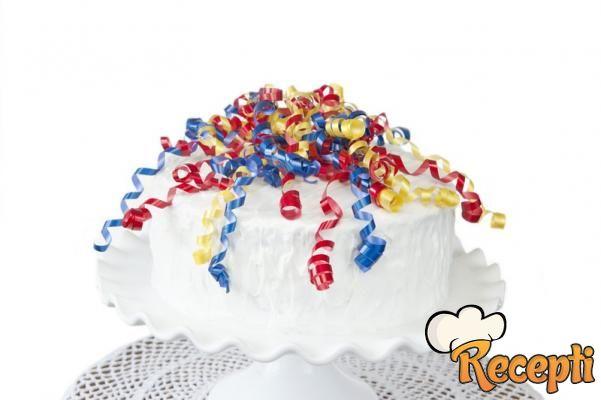 Letnja torta bez šećera