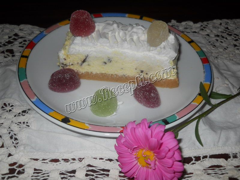 Griz sladoled torta