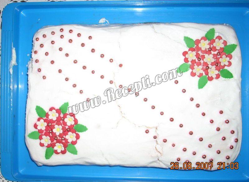 Kremasta rozen torta