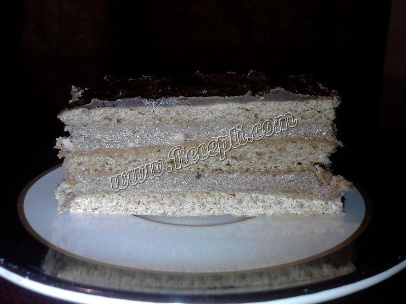 Medena čokoladna torta