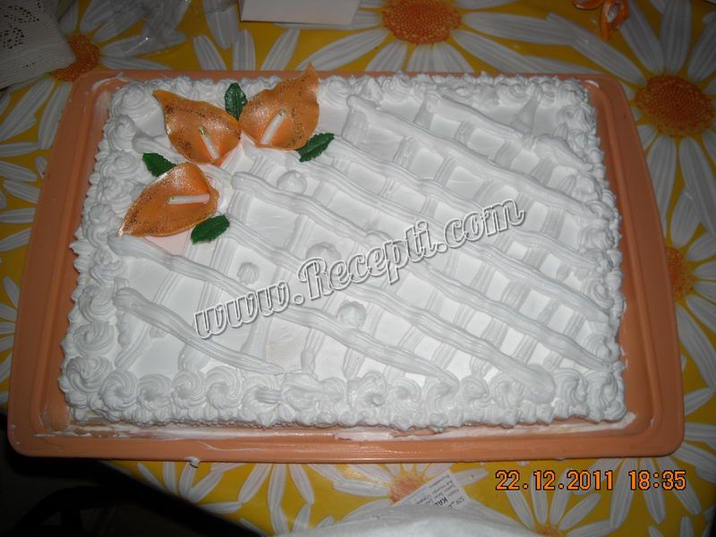 Torta beli anđeo sa rozen koricama