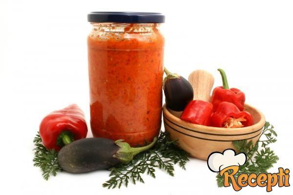 Ajvar od barene paprike (2)