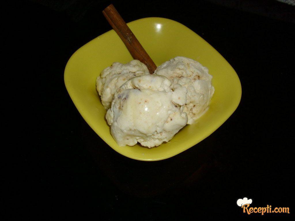Sladoled od kokosa i keksa