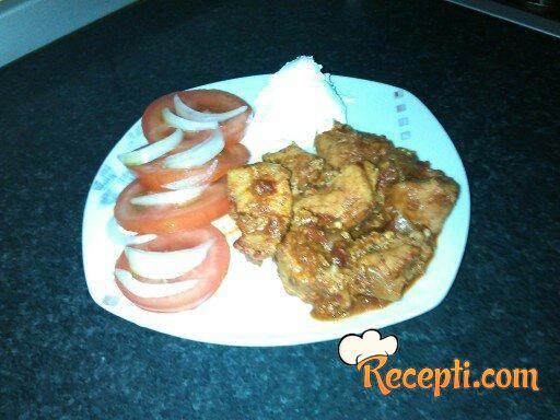 Mućkalica sa suvom paprikom