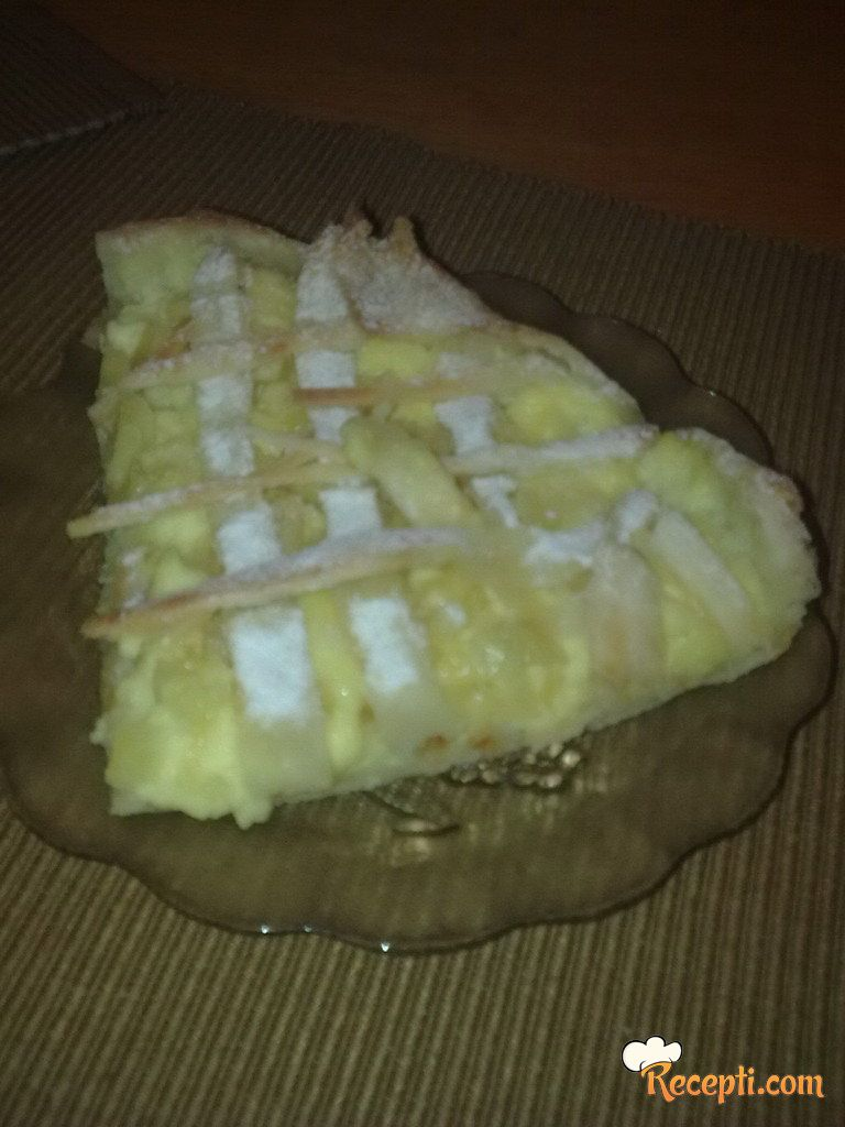Tart sa ananasom