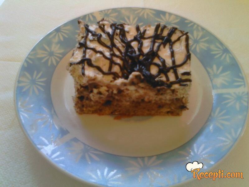 Torta sa lešnikom i rumom