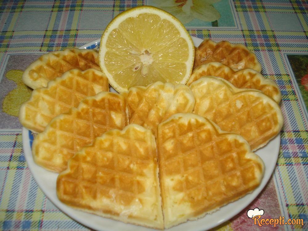 Bakin kolač sa limunom