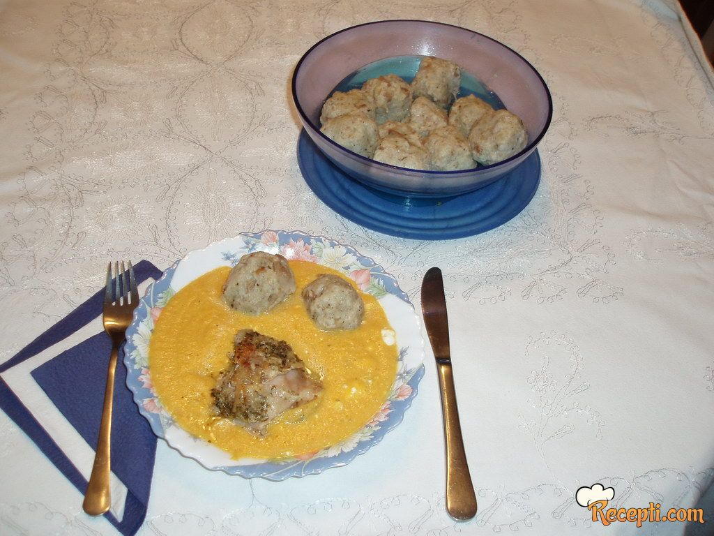 Lovački sos sa knedlama