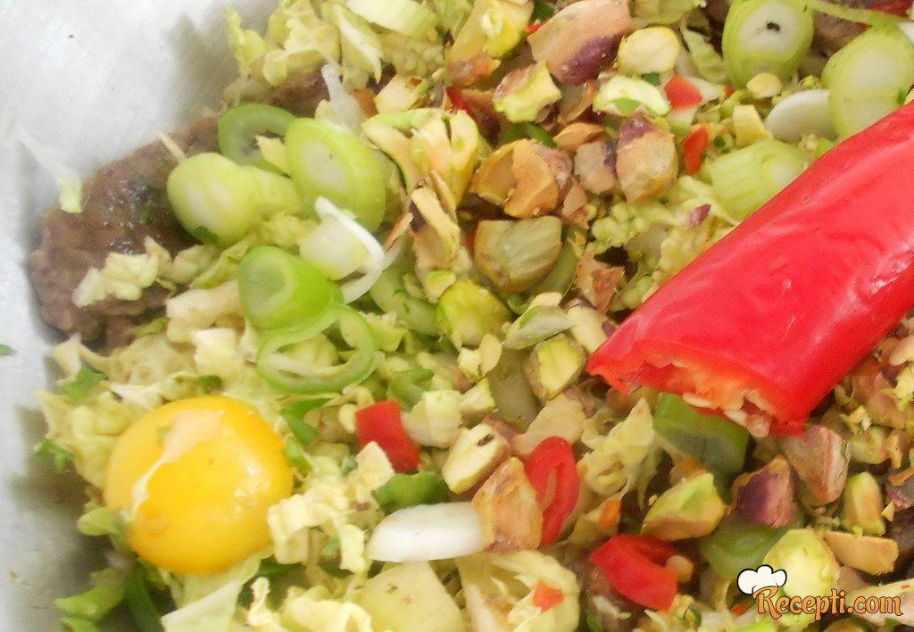 Tajlandska salata sa govedinom