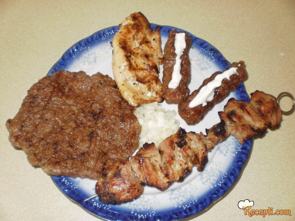 Nedeljni ručak - roštilj