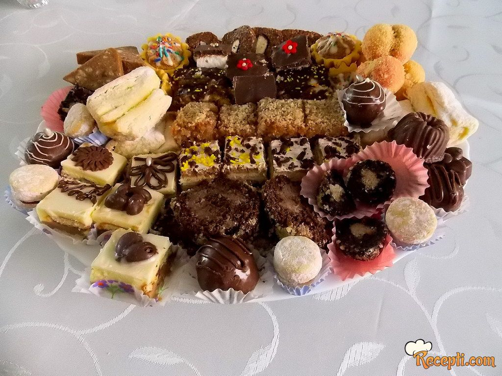 Slavski sitni kolači - oblande sa plazmom