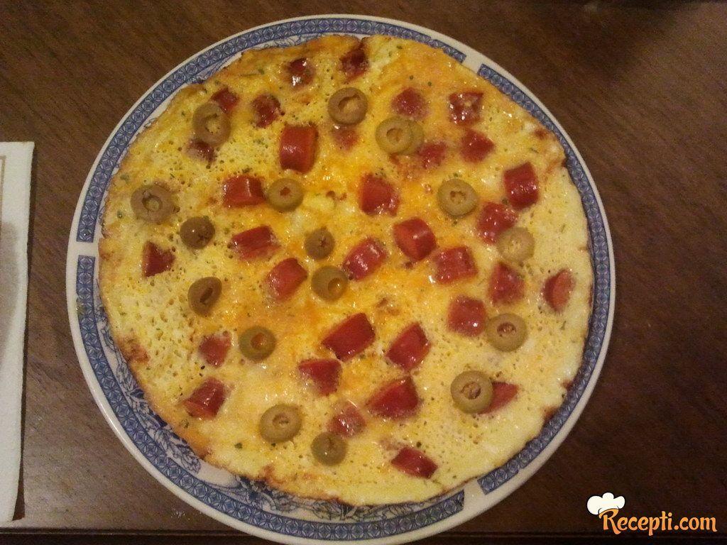 Omlet sa kobasicom i maslinama