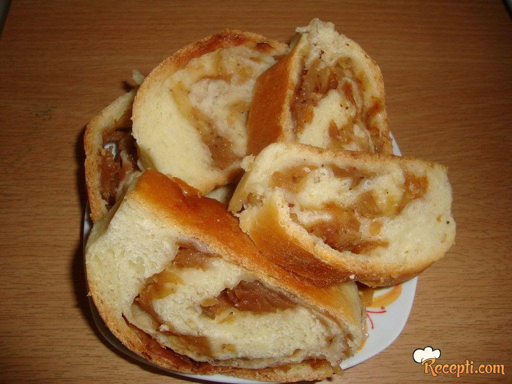Štrudla sa jabukama (2)