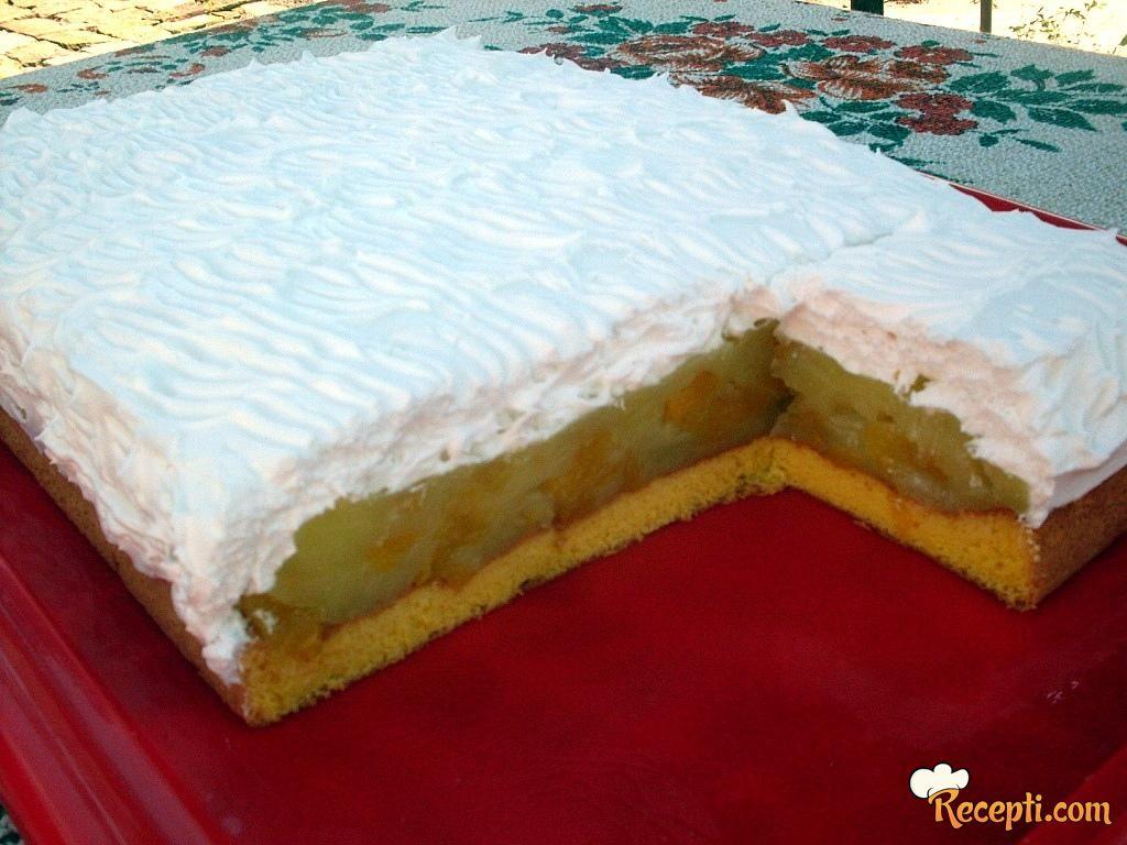Osvežavajuća torta sa breskvama