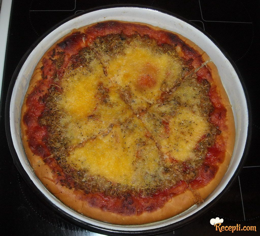Pizza tuna