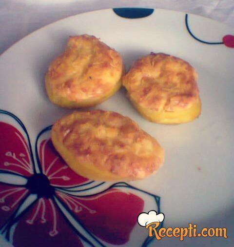 Punjeni krompir (4)