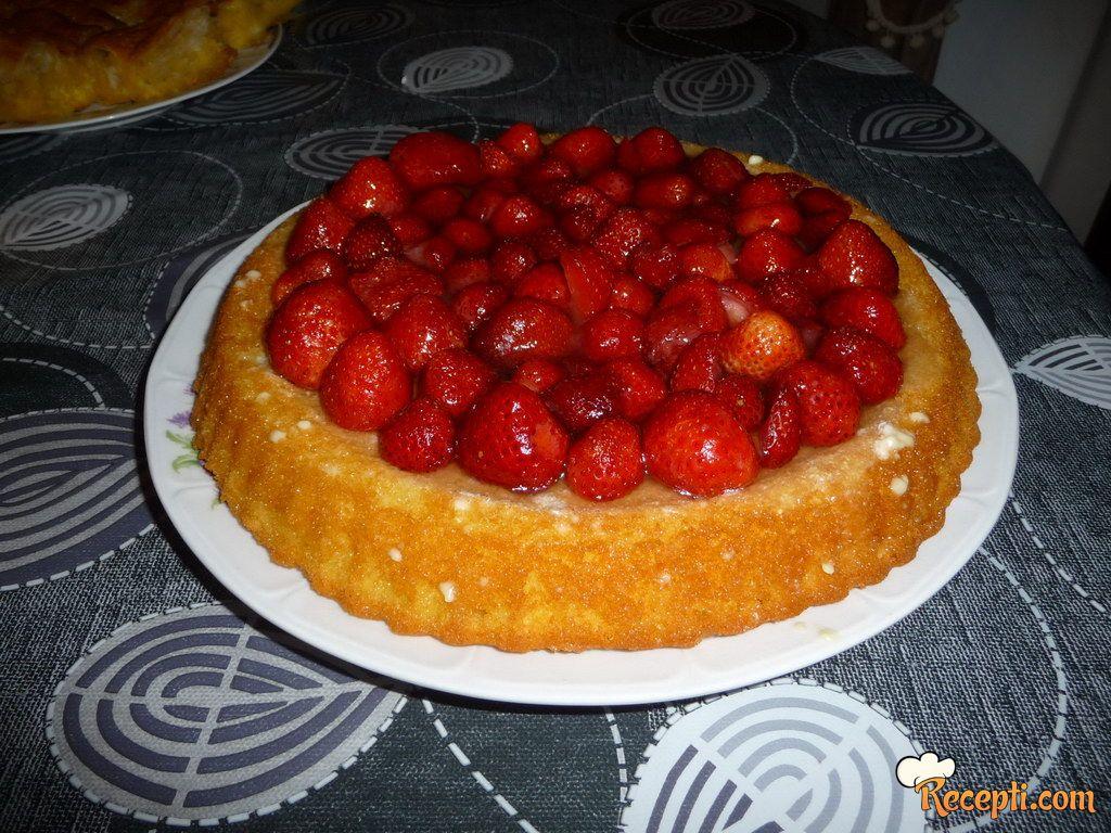 Jagoda voćna tortica