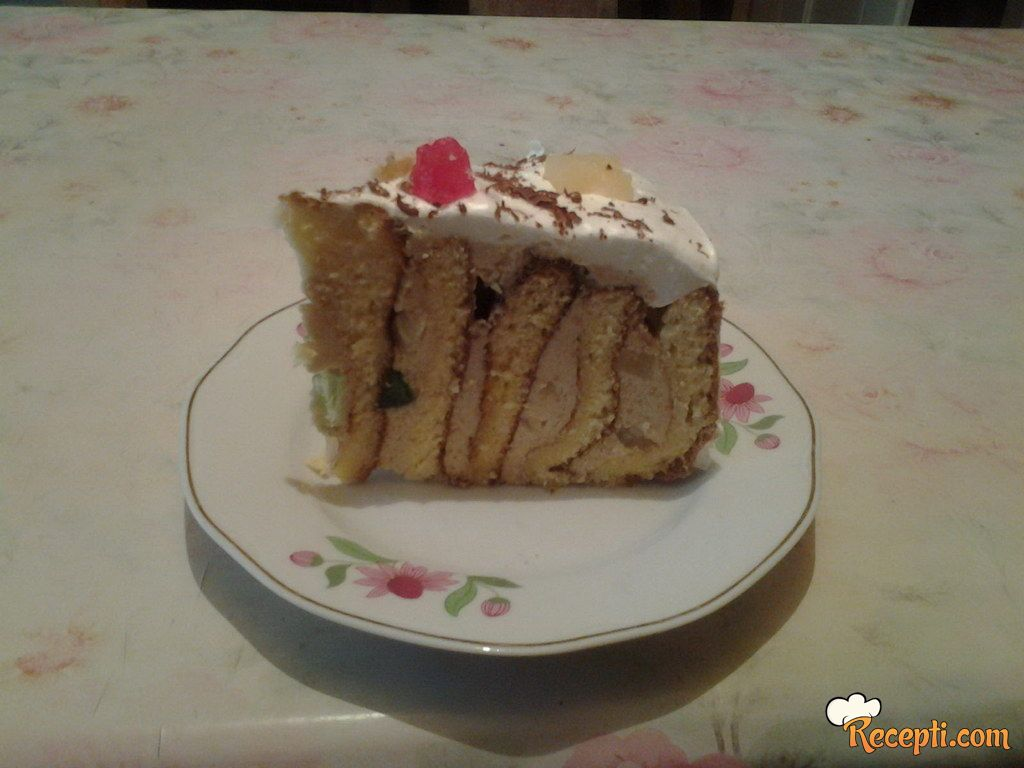 Torta sa plazmom i ananasom