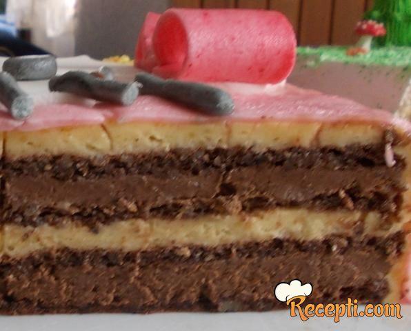 Nesquik torta (2)